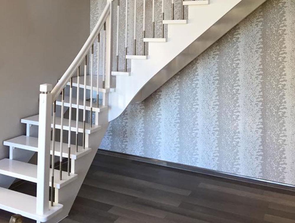 Einfarbige Treppen